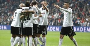 Beşiktaş'tan lider Başakşehir'e darbe