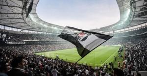 Beşiktaş'ta forvete 3 aday