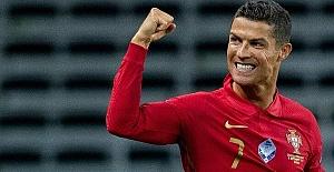 Ronaldo, İrlanda'ya attığı gollerle Guinnes Rekorlar Kitabı'na girdi